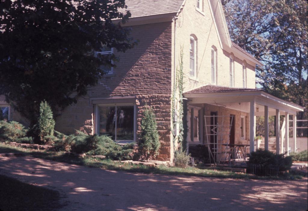 House1963a