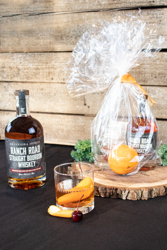 https://www.chankaskawines.com/system/recipes/main_images/000/000/054/small/Bourbon-OldFashioned.png?1613003773